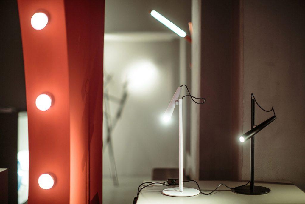 luminaire lampe de table foscarini magneto