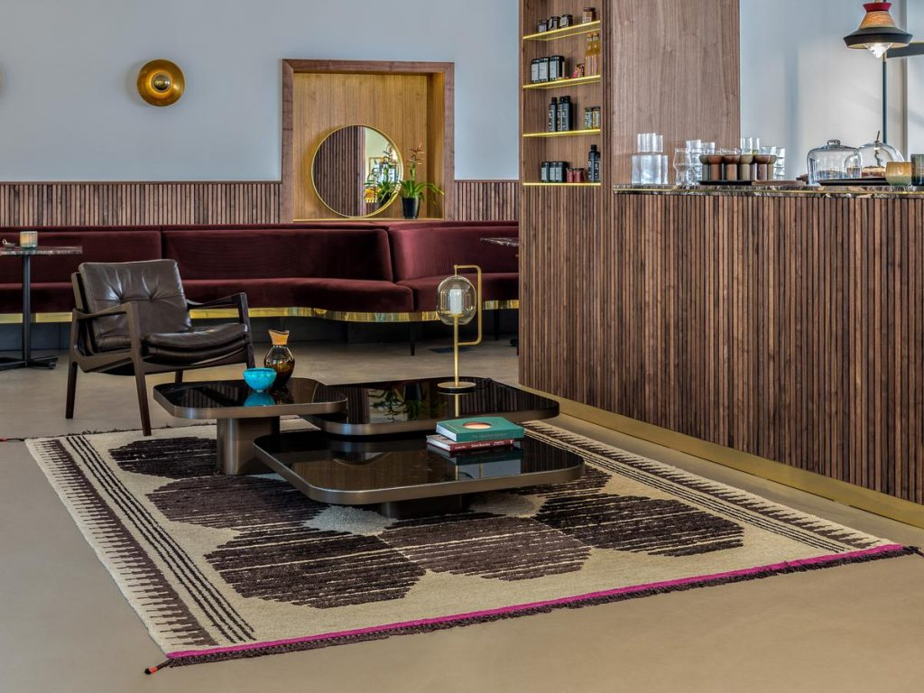 table basse classions bow coffee table