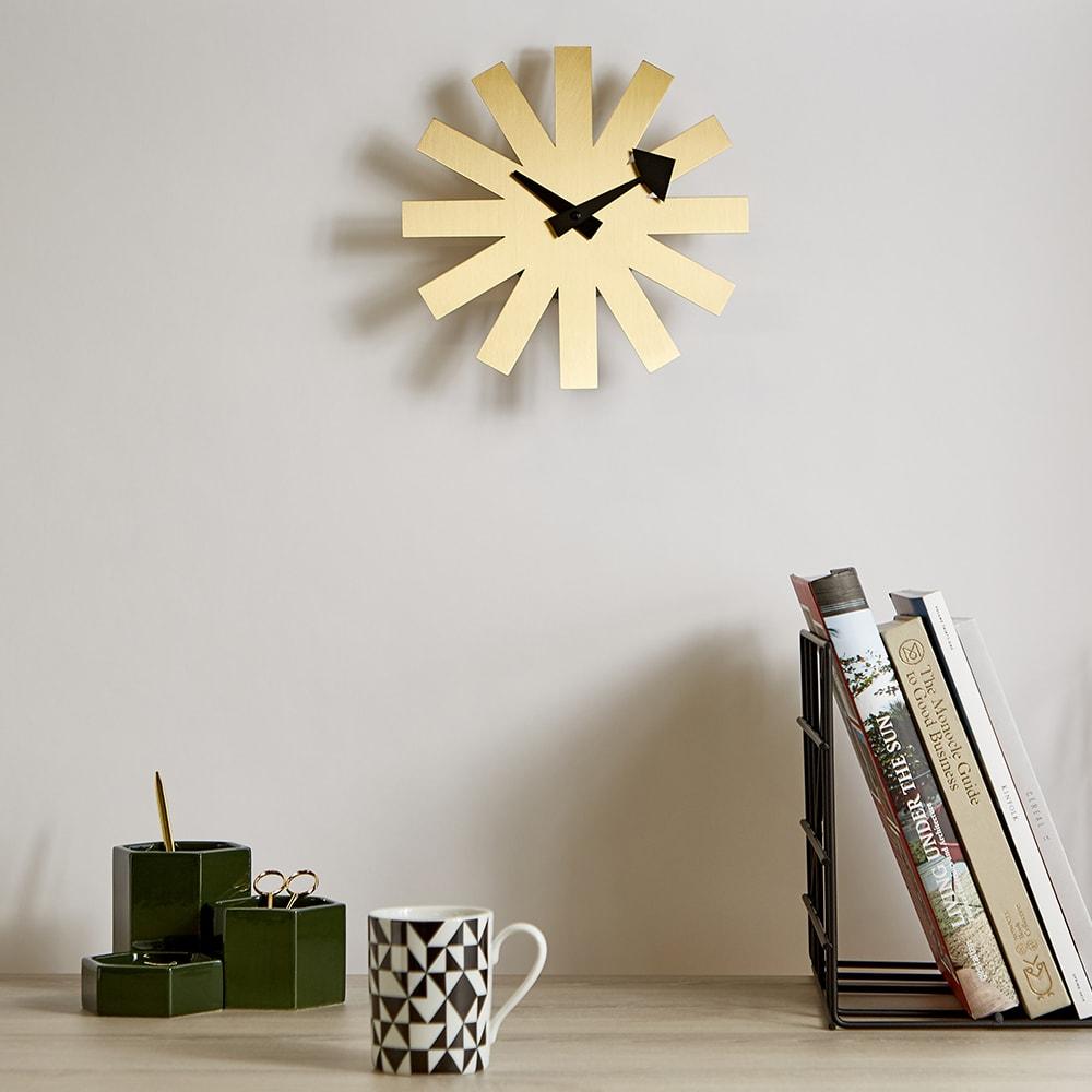 horloge décoration murale vitra asterisk clock