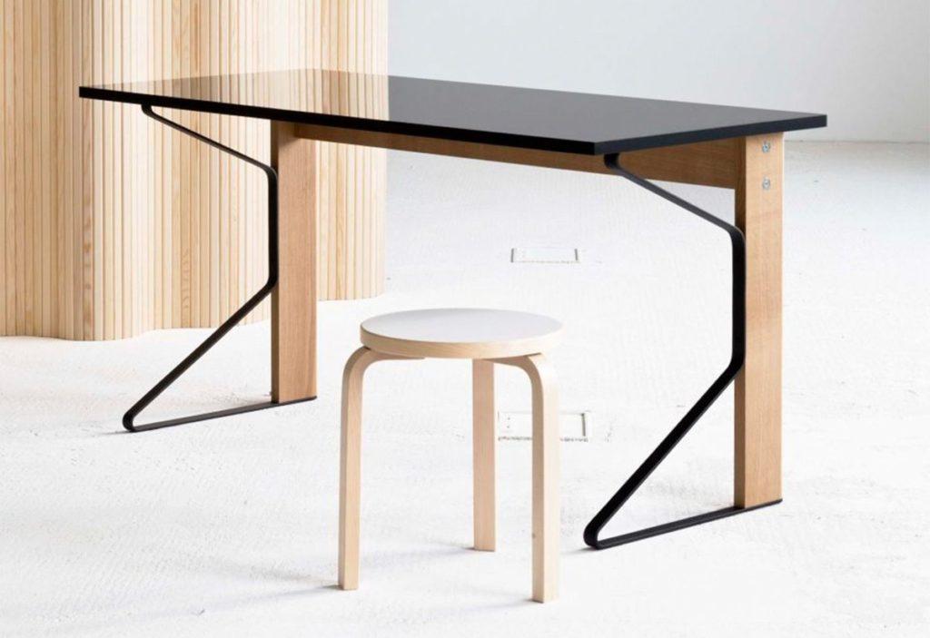 table chêne bureaux Kaari Desk