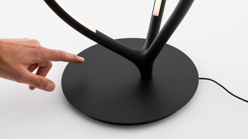 lampe de table lampe de sol lampadaire luminaire artemide arrival
