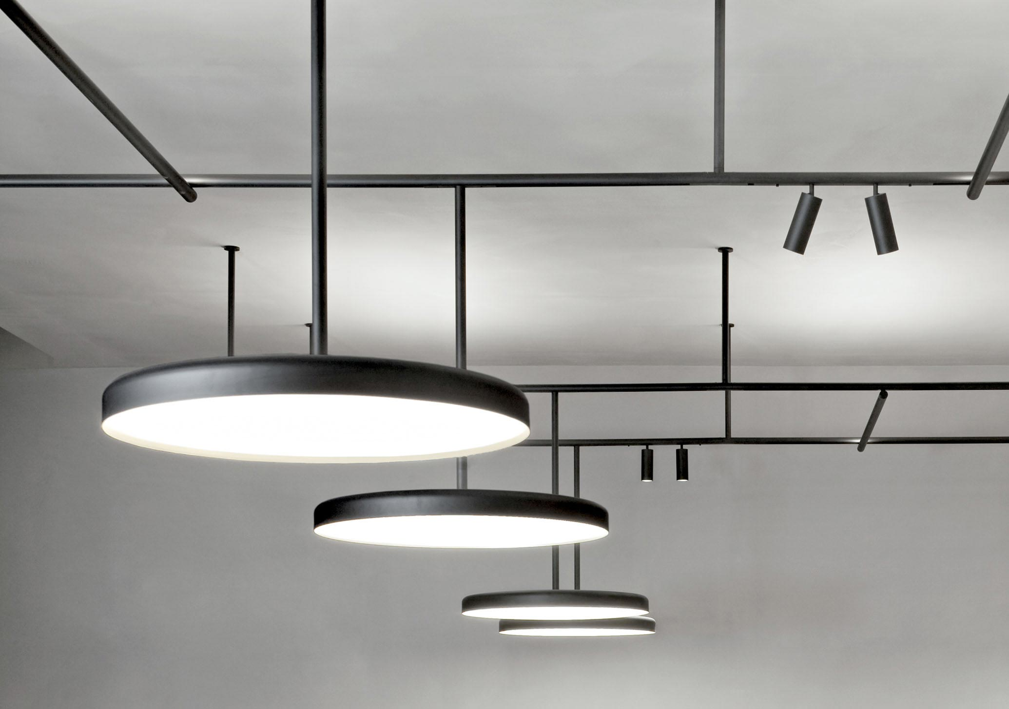 luminaire suspension infra-structure flos
