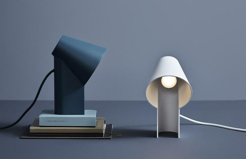 luminaire lampe de table study wood